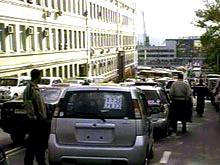 Госдума не планирует запрещать праворульные автомобили