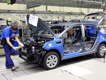Забастовка на питерском заводе комплектующих затронет пять марок