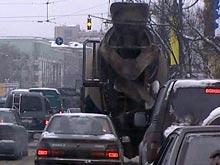 """Госдума вводит штрафы для """"тихоходов"""", не пропускающих автомобили"""