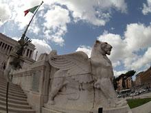 Мэр Рима пригрозил перекрыть на улицах движение для транспорта, если город срочно не спасут от дефолта