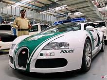 Полиция Дубая продемонстрировала свой автопарк, пополненный Bugatti Veyron