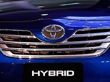 Американские журналисты просят  Toyota отозвать  гибриды Camry