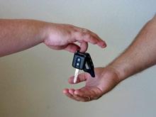 Эксперты  пересчитали автомобили в российских семьях - в каждой седьмой  уже два