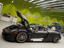В России продан первый суперкар Porsche 918 Spyder