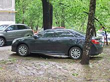 В Хакасии объявили конкурс фото авто, припаркованных на детских площадках
