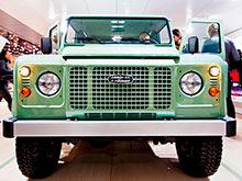 В Великобритании выпущен последний Land Rover Defender