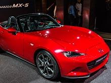 """Mazda MX-5 Miata получила титул """"Всемирный автомобиль"""" 2016 года"""