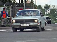 В Финляндии с  аукциона  продадут  100  машин российских марок,  брошенных  на границе